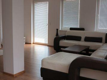 Nový 6 izbový rodinný dom, kompletné prevedenie, Horná Streda pri Piešťanoch