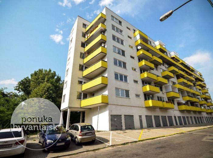 PREDANÉ - HAANOVA, 3-i byt, 84 m2 - novostavba, tehla, BALKÓN s výhľadom na LES, vlastný kotol, nízke mesačné náklady