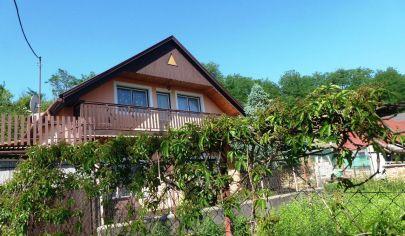 TOPOĽČANY - 6 izbový rodiný dom, pozemok 899 m2