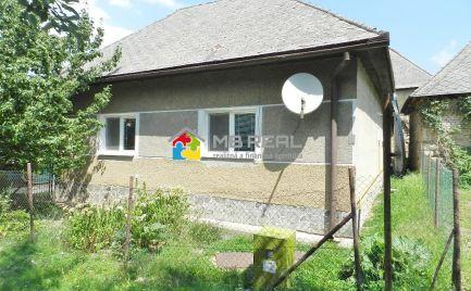REZERVOVANÝ - Rodinný dom s garážou a pozemkom 664 m2, Cígeľ, Prievidza