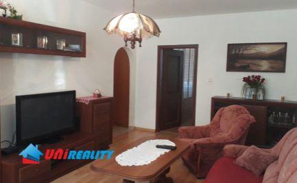 TOPOĽČANY – 3 – izb. byt / širšie centrum / VEĽMI PEKNÝ / komplet prerobený / 64 m2