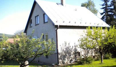 KOLAČNO rodinný dom s  rozlohou pozemku 1481 m2