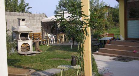PREDAJ - 1+1 rodinné domy v obci Kamenný most.