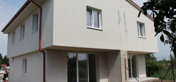 Záhorská Ves - novostavba RD na pozemku 300 m2 - 1 dom predaný.