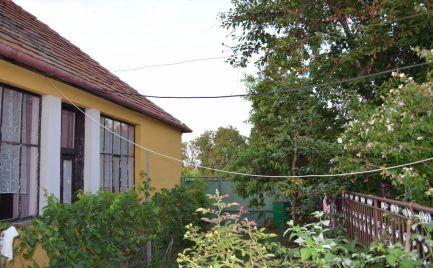 Ponúkame na predaj rodinný  dom v obci Veľký Cetín