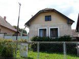Babiná – chalupa/ rod. dom so záhradou, pozemok 1420 m2 – predaj
