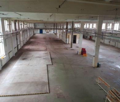 PRENAJOM!!! Veľká výrobná hala s administratívou, Považská Bystrica