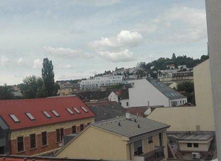 Prenájom  krásneho 2 izbového bytu v centre Bratislavy na skok od STU
