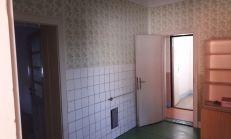 Predáme 3i.rodinný dom,v pôvodnom stave v Trhovej Hradskej