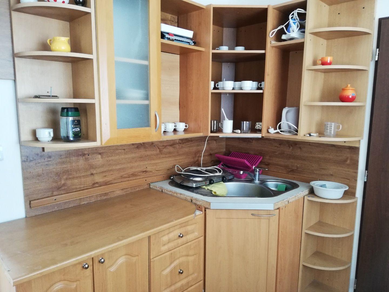NA PREDAJ - 6 izbový rodinný dom v obci Tureň