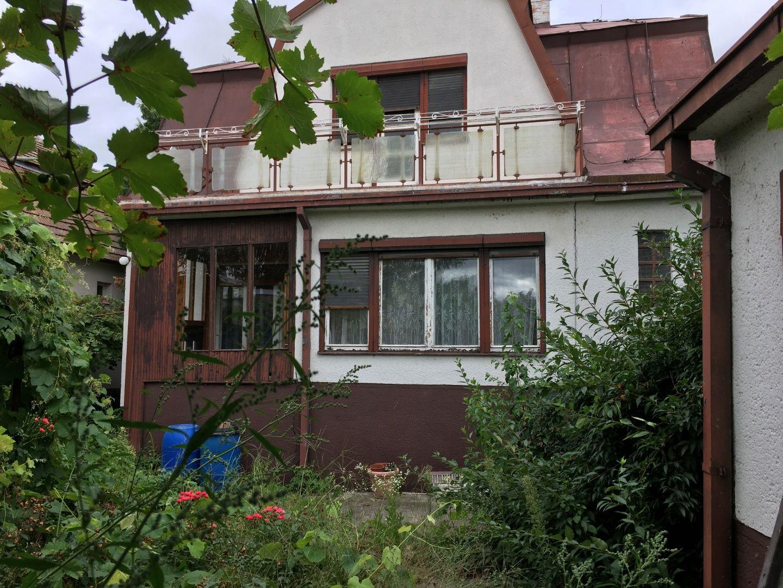 PONÚKAME NA PREDAJ rodinný dom v Pezinku v časti Griňava