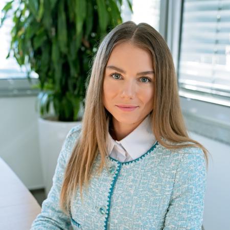 c60d50cd9926 Mgr. Romana Michalová Senior Real Estate Consultant