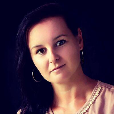 Zuzana Macková