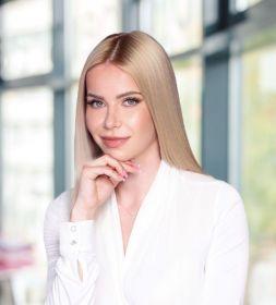Mgr. Adriana Kminiaková